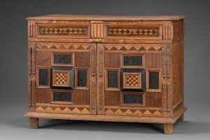 Early North American Cabinet